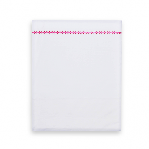 Crib sheet from Funnies in white with fuchsia piping with small checks